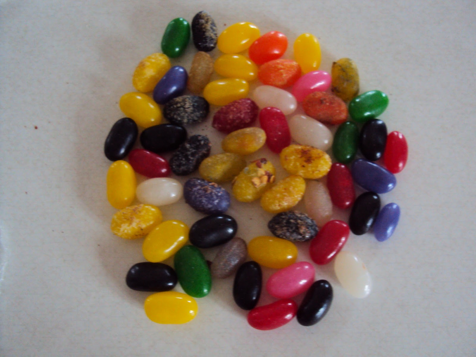 Harry Potter Paraphernalia: Bertie Bott\'s Every Flavour Beans Recipe