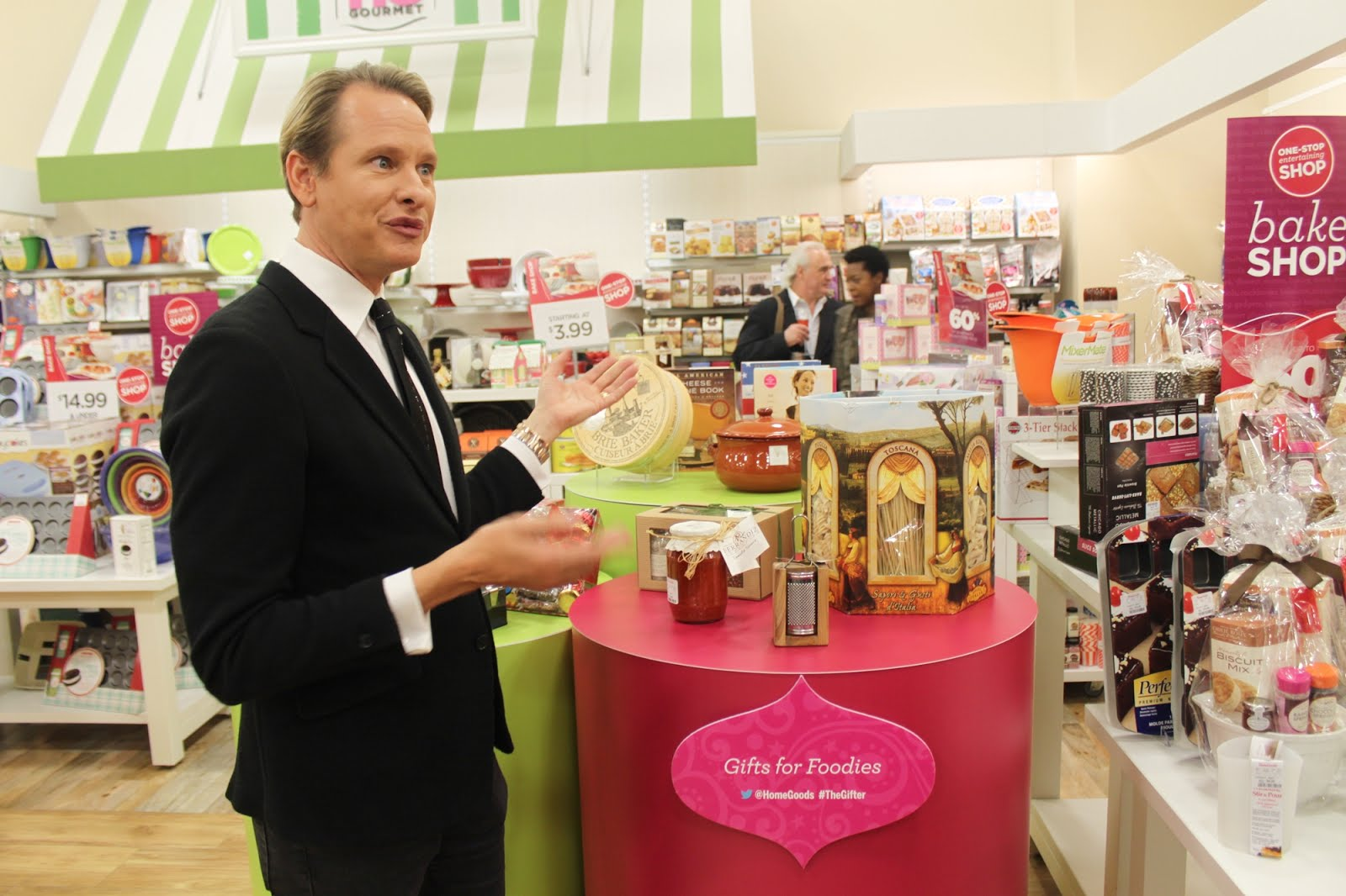 The 25 000 square feet  HomeGoods offers an ever changing assortment of  Bedding  Decorative Accents  Gourmet Kitchen  Bath  Kids Furniture and  Accessories. Holiday Gifting with HomeGoods   Carson Kressley   My Life on and
