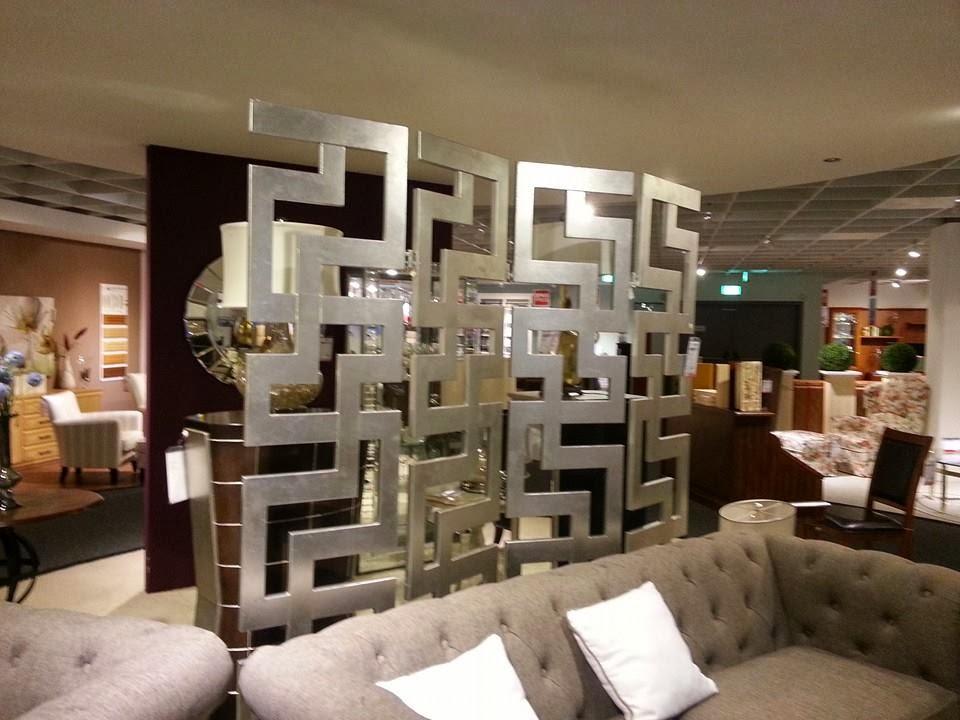 swastika swastika m bel h ffner. Black Bedroom Furniture Sets. Home Design Ideas