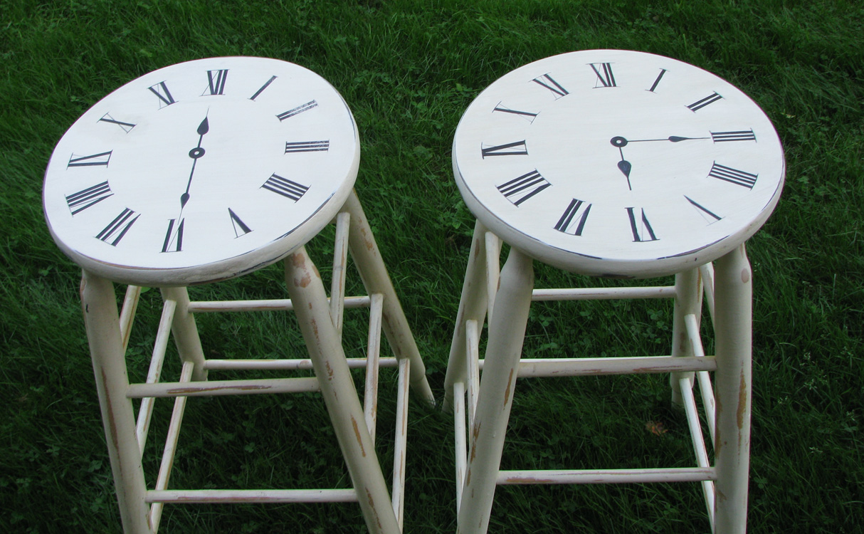 clock bar stools