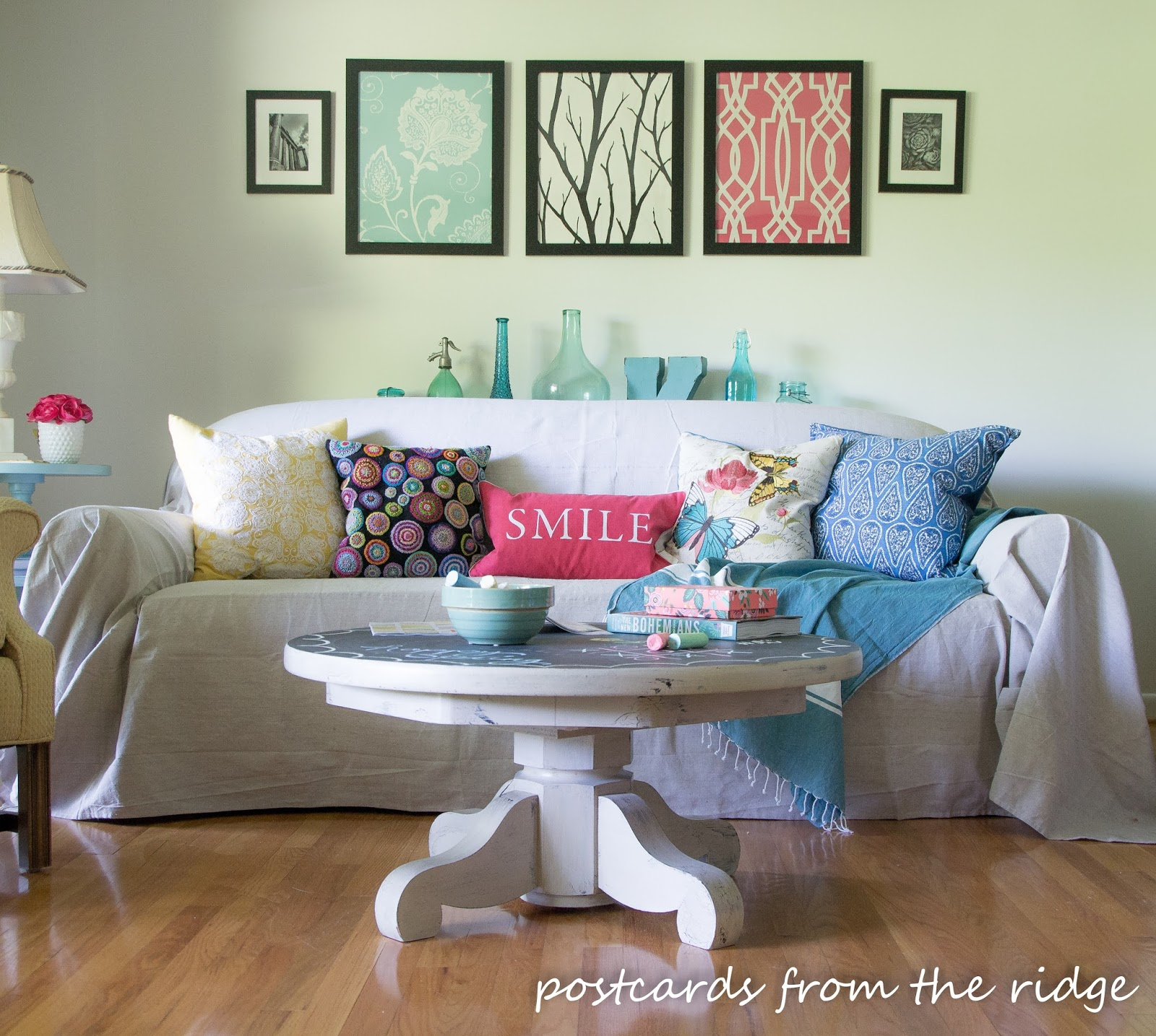 Pedestal Table with chalkboard top inspired by Pottery Barn
