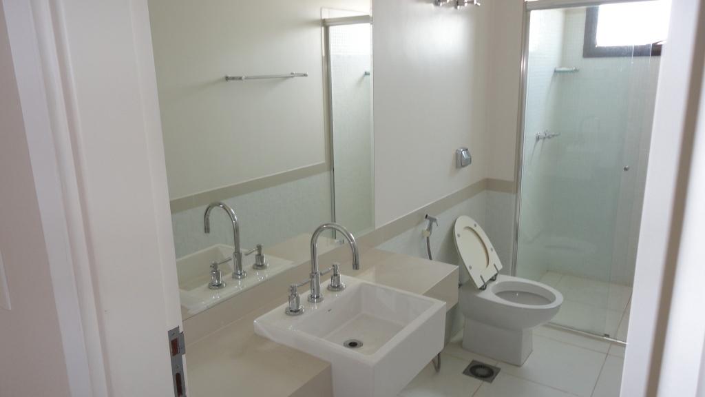 Apê novo com dez mil Banheiros! -> Cuba Banheiro Quadrada