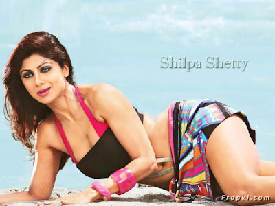 Leggy Beauty Shilpa Shetty