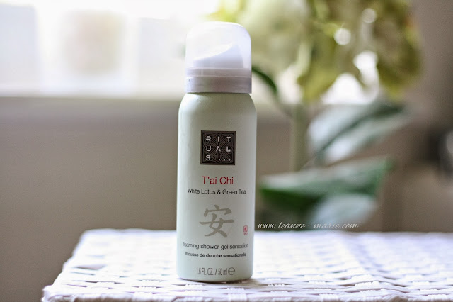 beauty-blog-review-rituals-tai-chi-foaming-shower-gel
