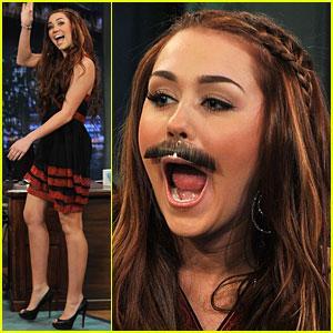 Miley Cyrus, Mustache Mania