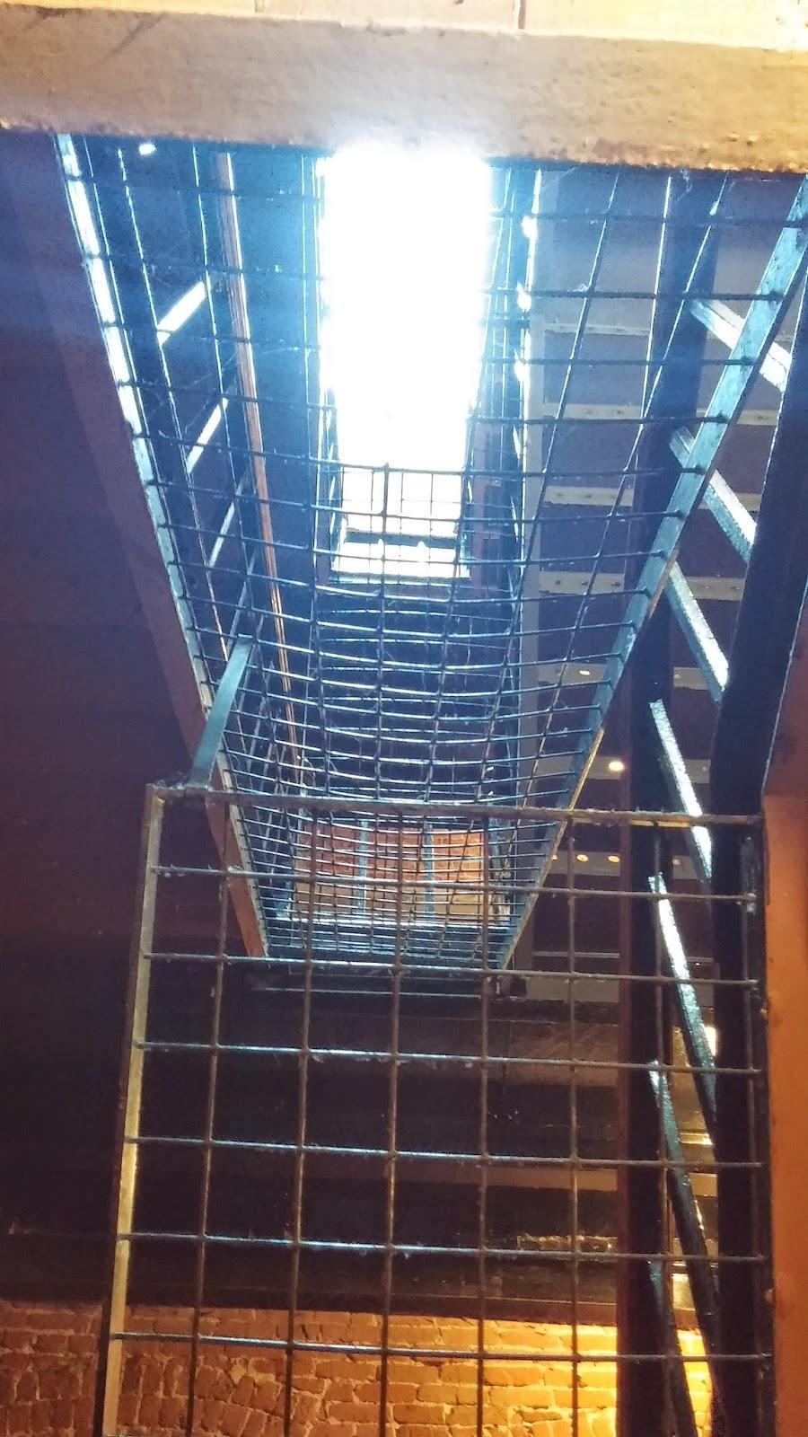 17 jours au canada et new york ottawa for Building sans fenetre new york