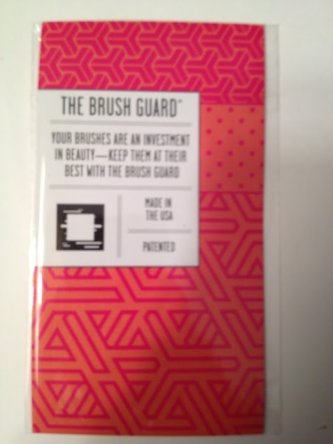 What's in My September Birchbox Brush Guard