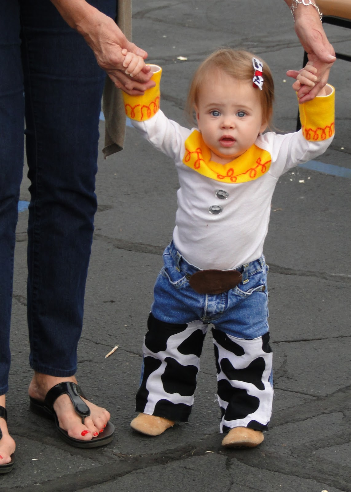 Tricks of the Mommy Trade: DIY Jessie Costume
