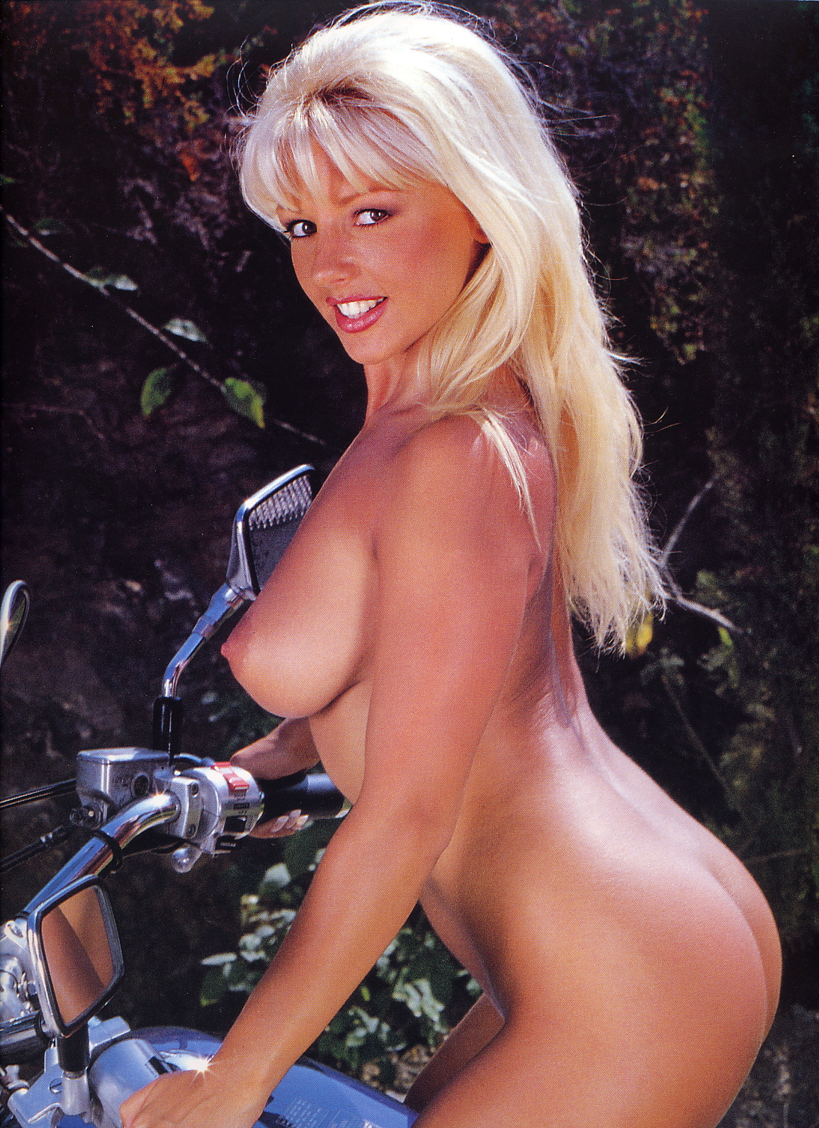karen white nude gallery