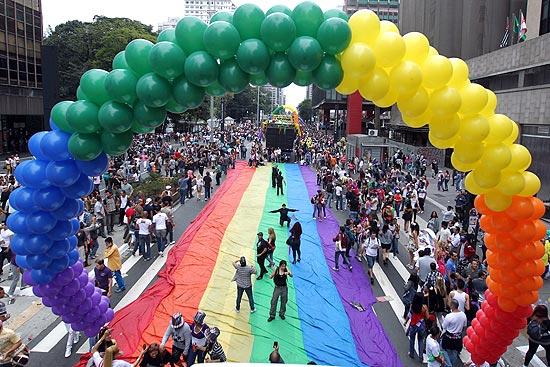 No ano passado, A 15º Parada do Orgulho LGBT de SP levou cerca de 4 milhões à avenida Paulista (Foto: Rivaldo Gomes)
