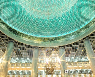 7 Masjid Terindah Di Indonesia