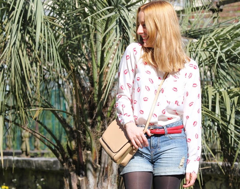 conjunto_camisa_besos_con_shorts_altos-fashion_blogger_bilbao