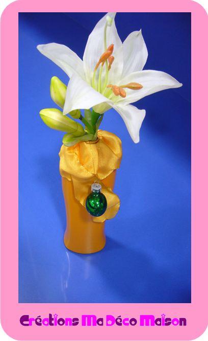 vase jaune d cor r cup d 39 une bouteille plastique cr ations ma d co maison. Black Bedroom Furniture Sets. Home Design Ideas