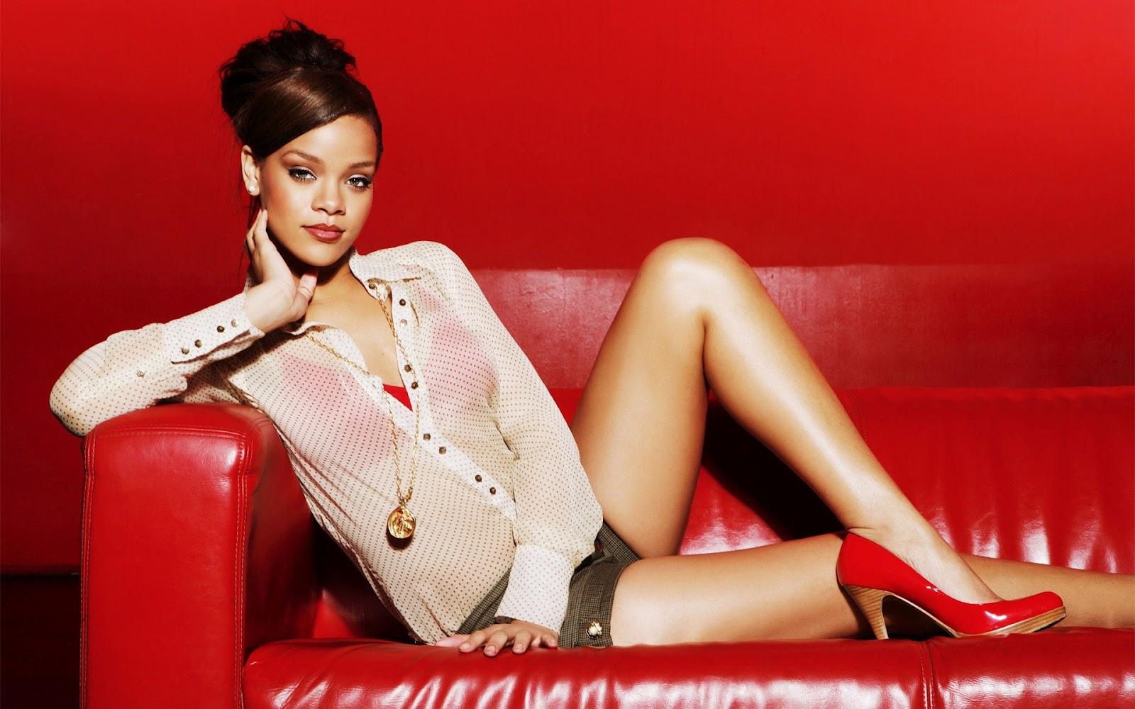 http://1.bp.blogspot.com/-T56jXppSOlc/T6at8M8AGWI/AAAAAAAAC1s/JrD_J0qJbP4/s1600/Rihanna+new+pic+2012+05.jpg