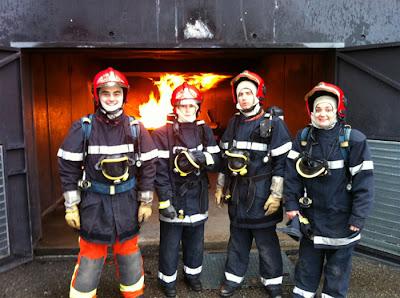 l 39 acad mie du commandement chez les sapeurs pompiers de france janvier 2012. Black Bedroom Furniture Sets. Home Design Ideas