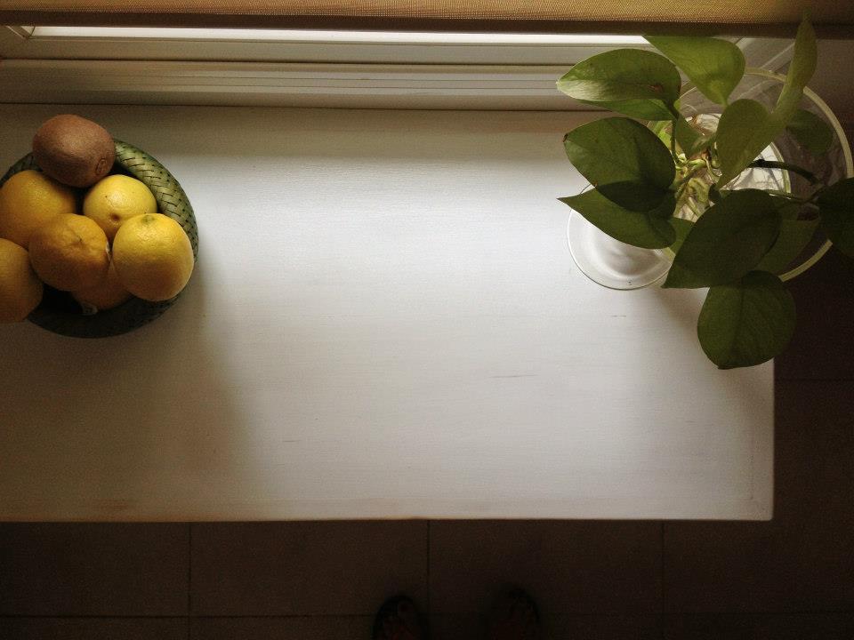 Vintouch muebles reciclados pintados a mano mesa consola de arrime blanca decapada - Muebles fym ...