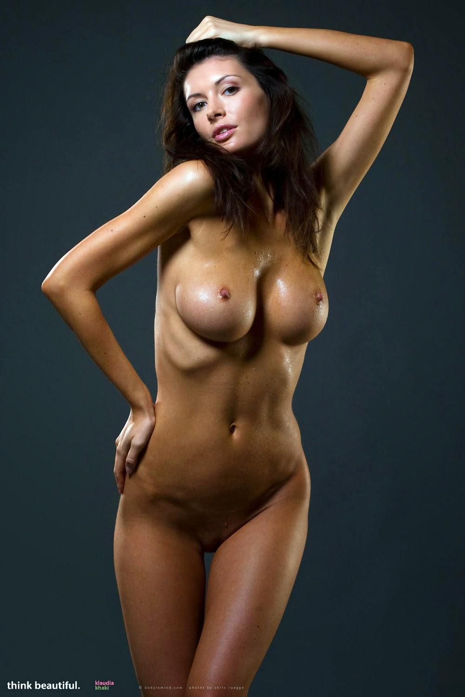 Самые красивые женские обнаженные фигуры
