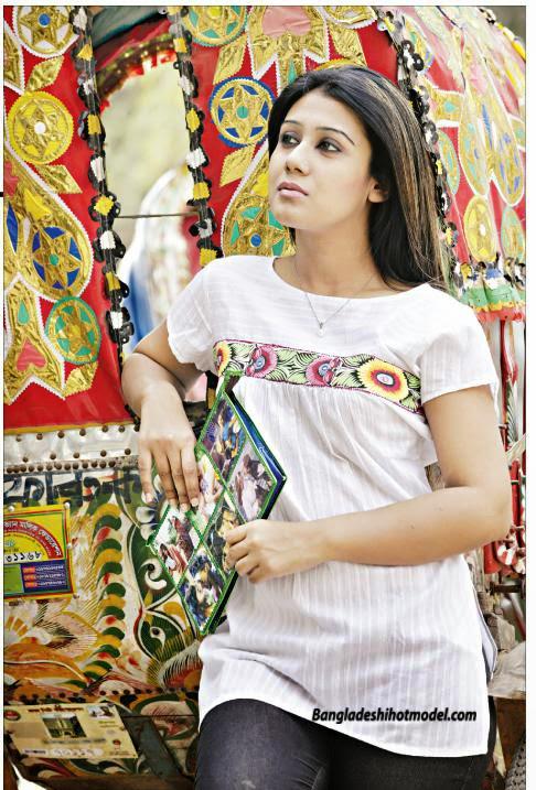 Bangladeshi+Model+Hridi005