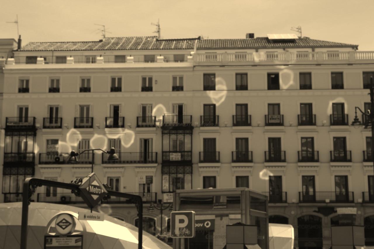 mi mirada sombras proyectadas en edificios On edificio plaza del sol