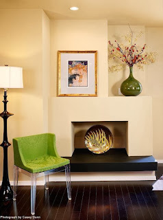naturally fresh sitting nook furnished with contemporary accessories