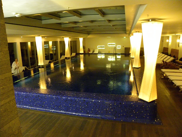 Blue Spa Bar
