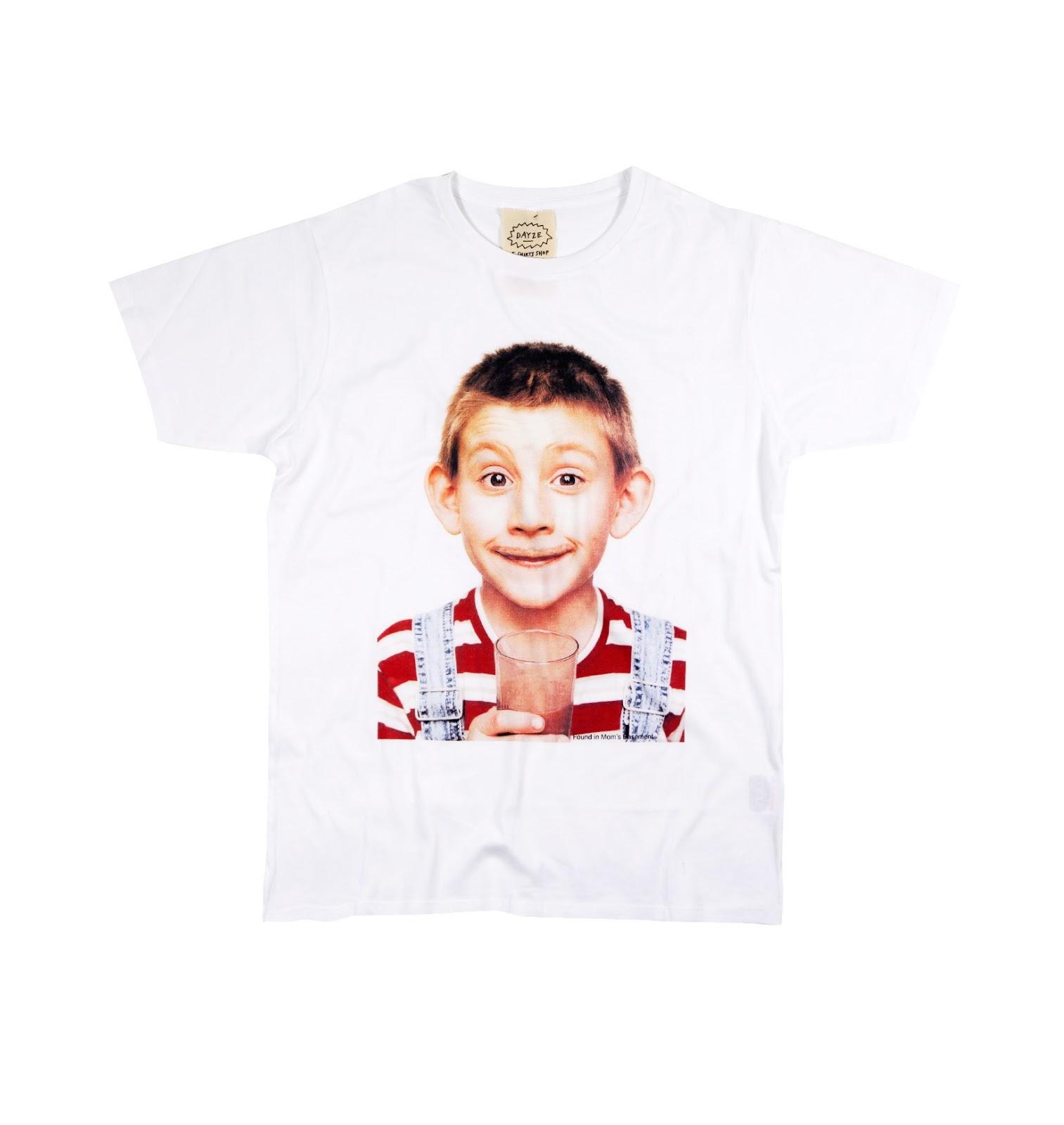 https://grafitee.es/s/camisetas/1008-t-shirt-dewee-milk.html