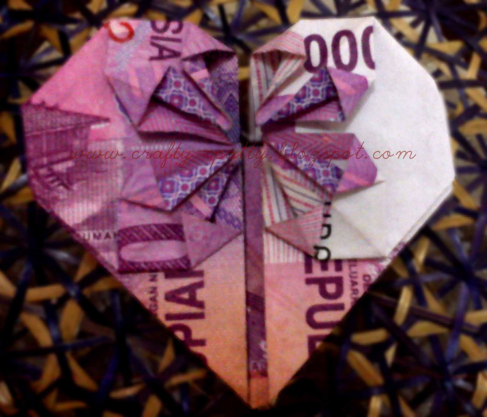 Tutorial: heART Money Origami