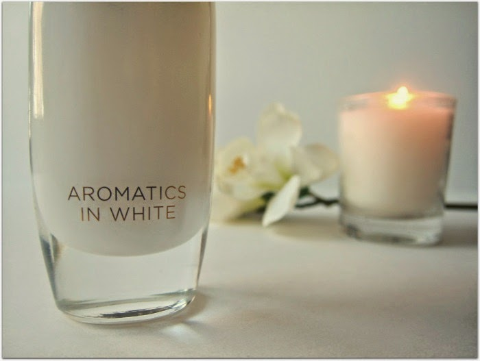 Clinique Aromatics in White Perfume Review