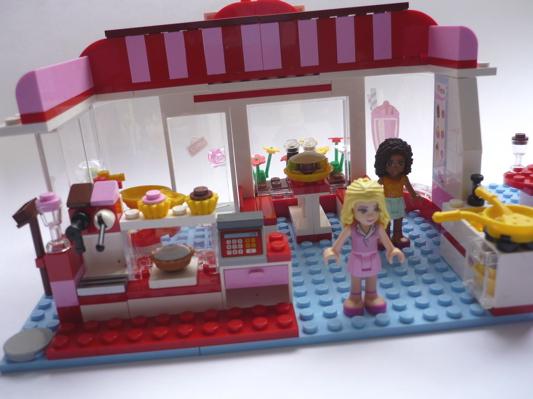 La bo te bazar caf lego friends for Salon de coiffure lego friends
