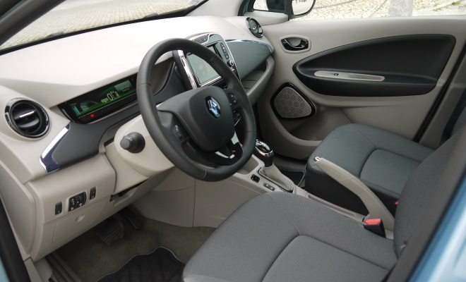 renault zoe electric car review. Black Bedroom Furniture Sets. Home Design Ideas