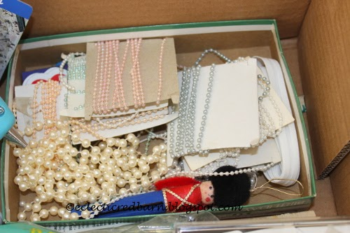 Eclectic Red Barn: Dollar box contents -beads
