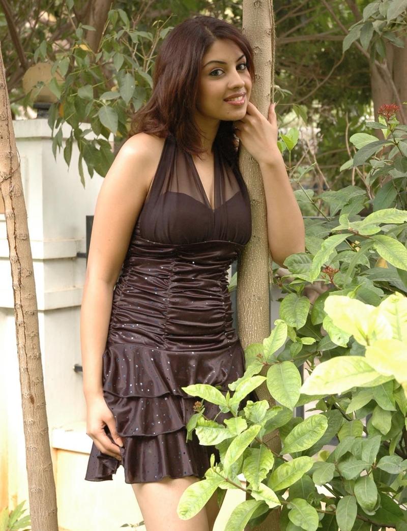 Cute richa in brown dress