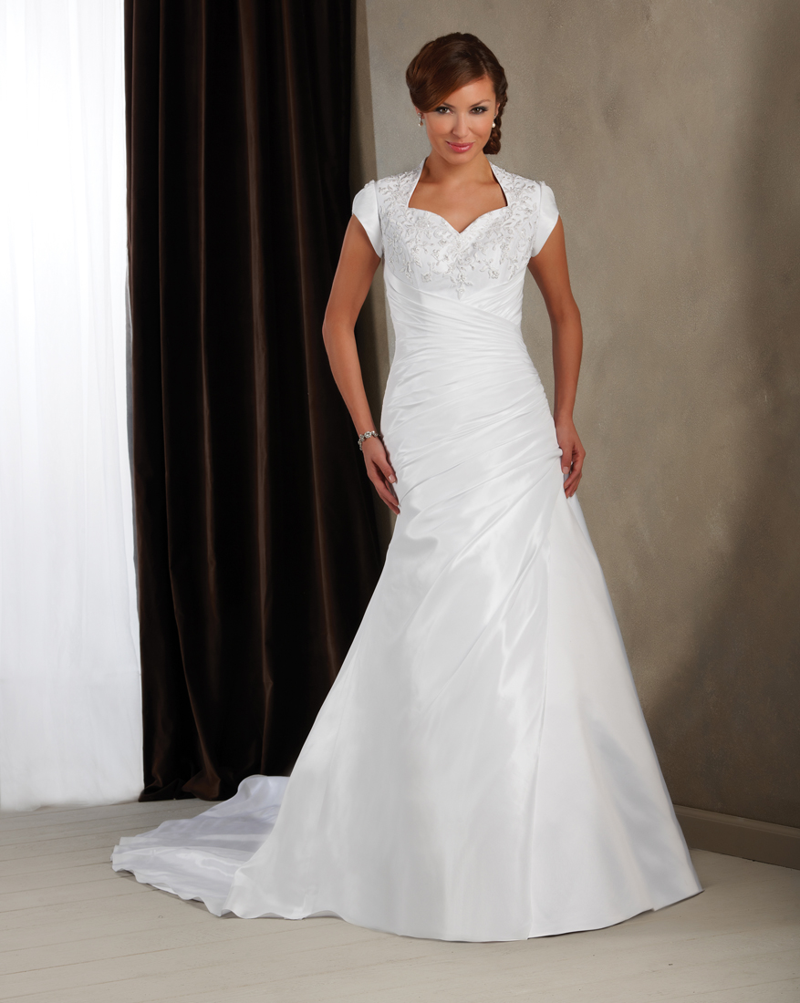 Blog: The Fall 2011 Collection is HERE! Brand New Wedding Gowns for ...