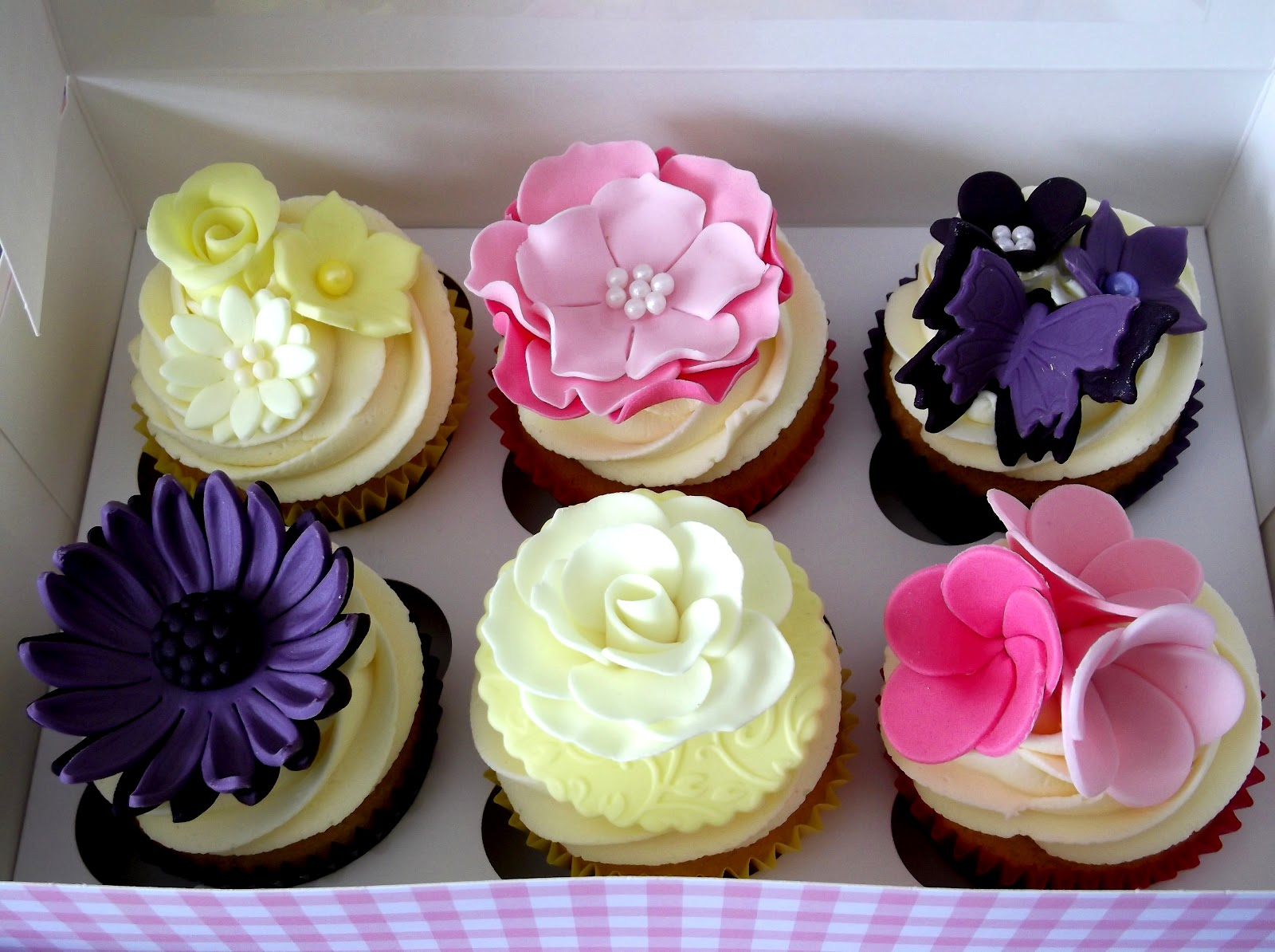 Homemade Cakes By Sue Hitchin