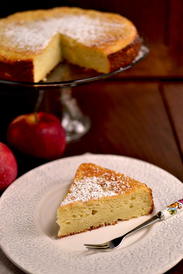 Apple and Ricotta Cake