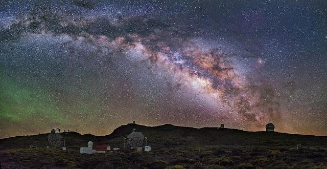 La Palma site at night. Credit: Daniel Lopez/IAC