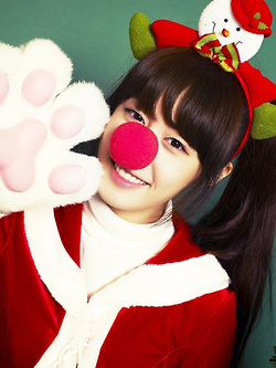 PARK JIYEON CHRISTMAS GIRL PHOTO