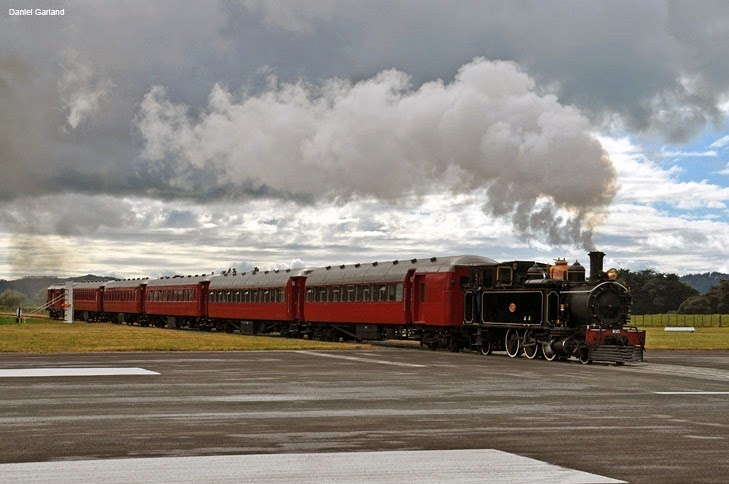 Gisborne, an airport with railway crossing