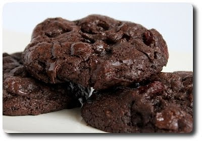 Culinary in the Desert: Black Forest Cookies...