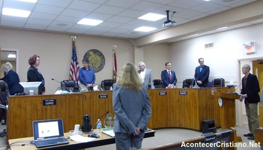 Realizan oración a satanás en municipio de ciudad de EE.UU.