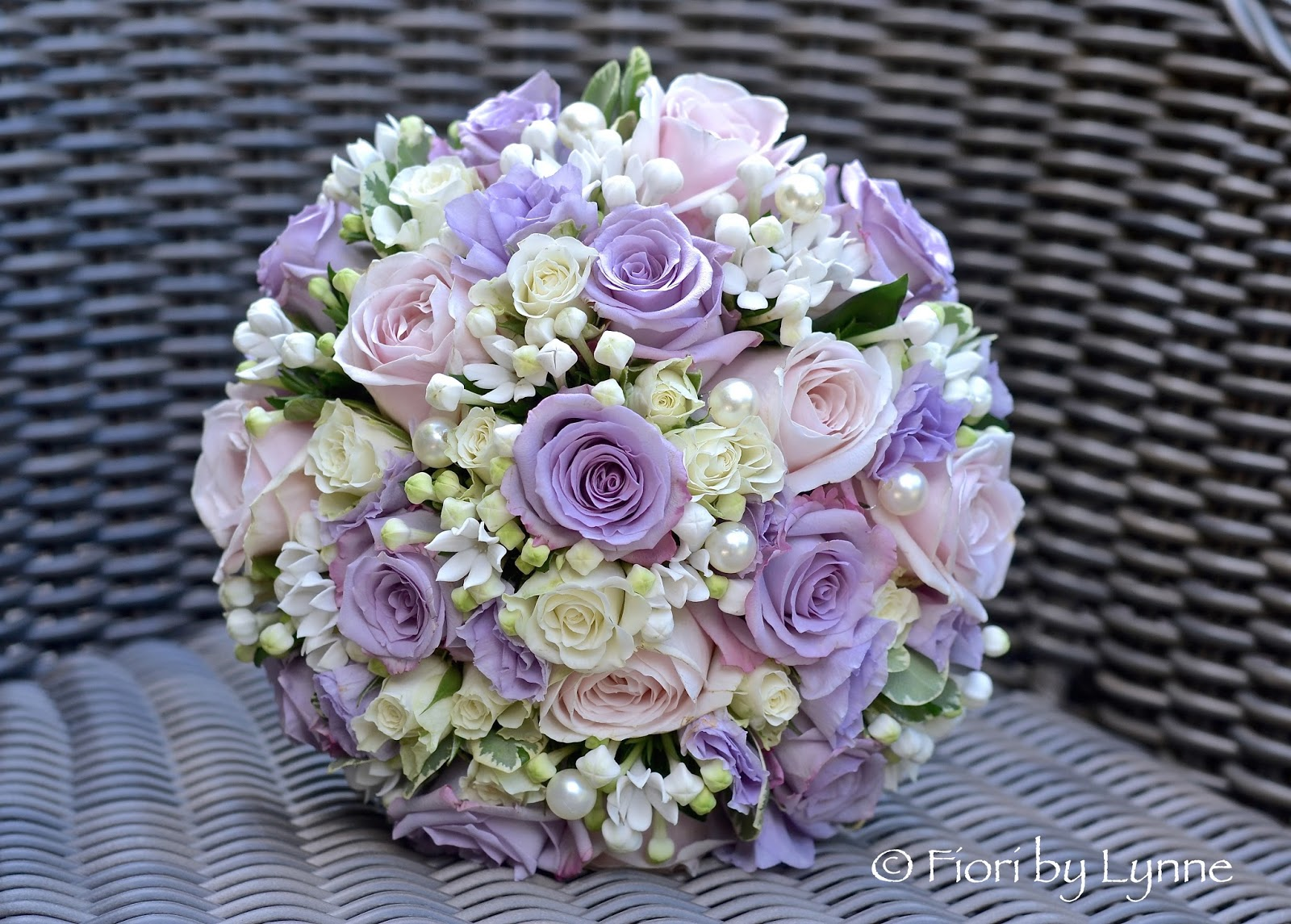 Wedding Flowers Blog: Lara\'s Pink and Lilac Summer Wedding Flowers ...