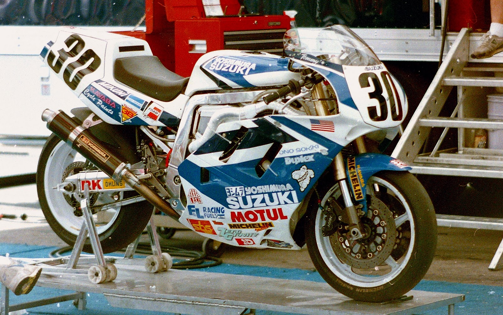 Suzuki Motorcycle Paint Colour Codes >> Stu's Shots R Us: AMA Road Racing: Cycle News.com's Larry Lawrence Catches Up with Former ...