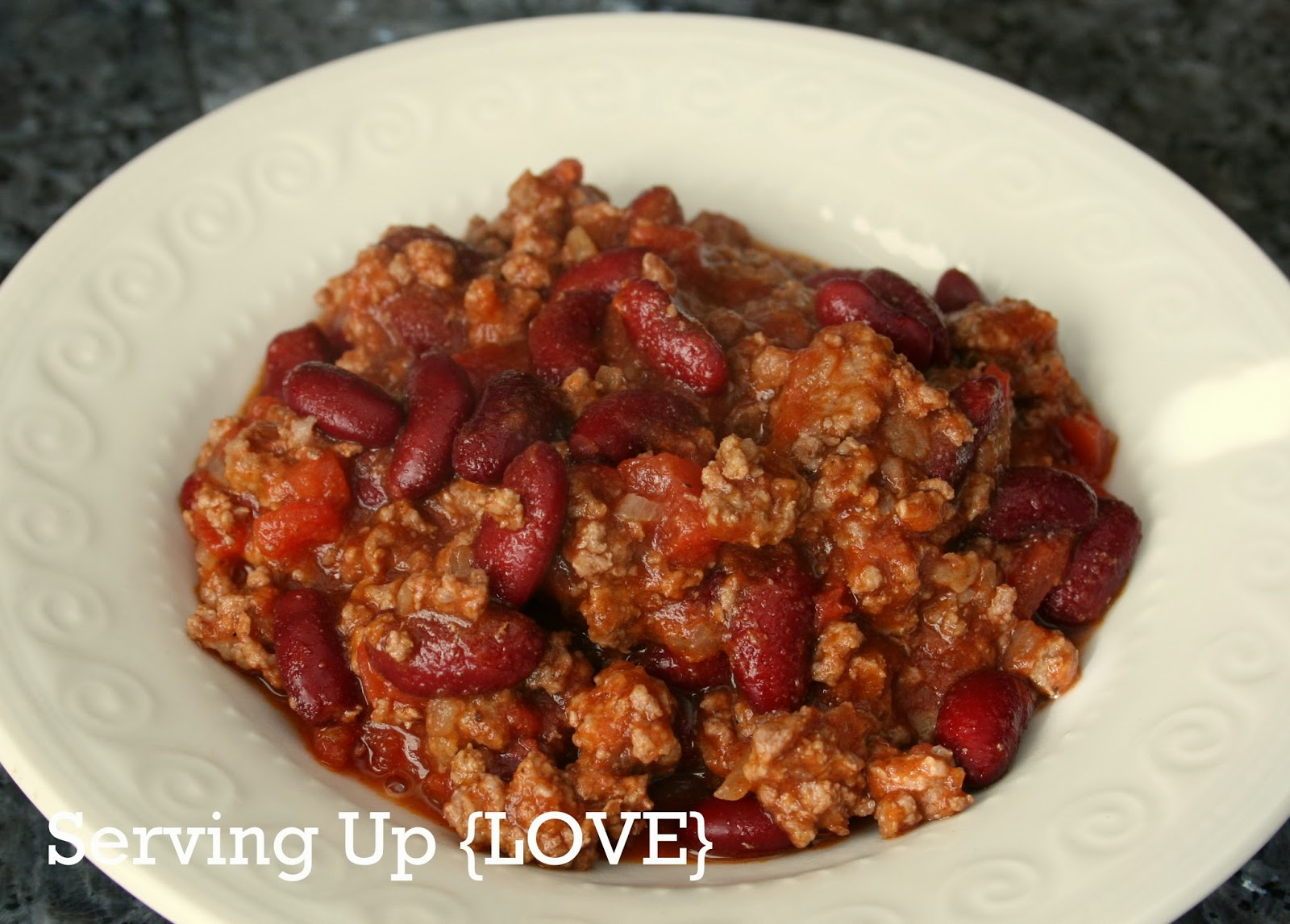 Katherine's Kitchen: Serving Up {Soup}: Beef & Red Bean Chili