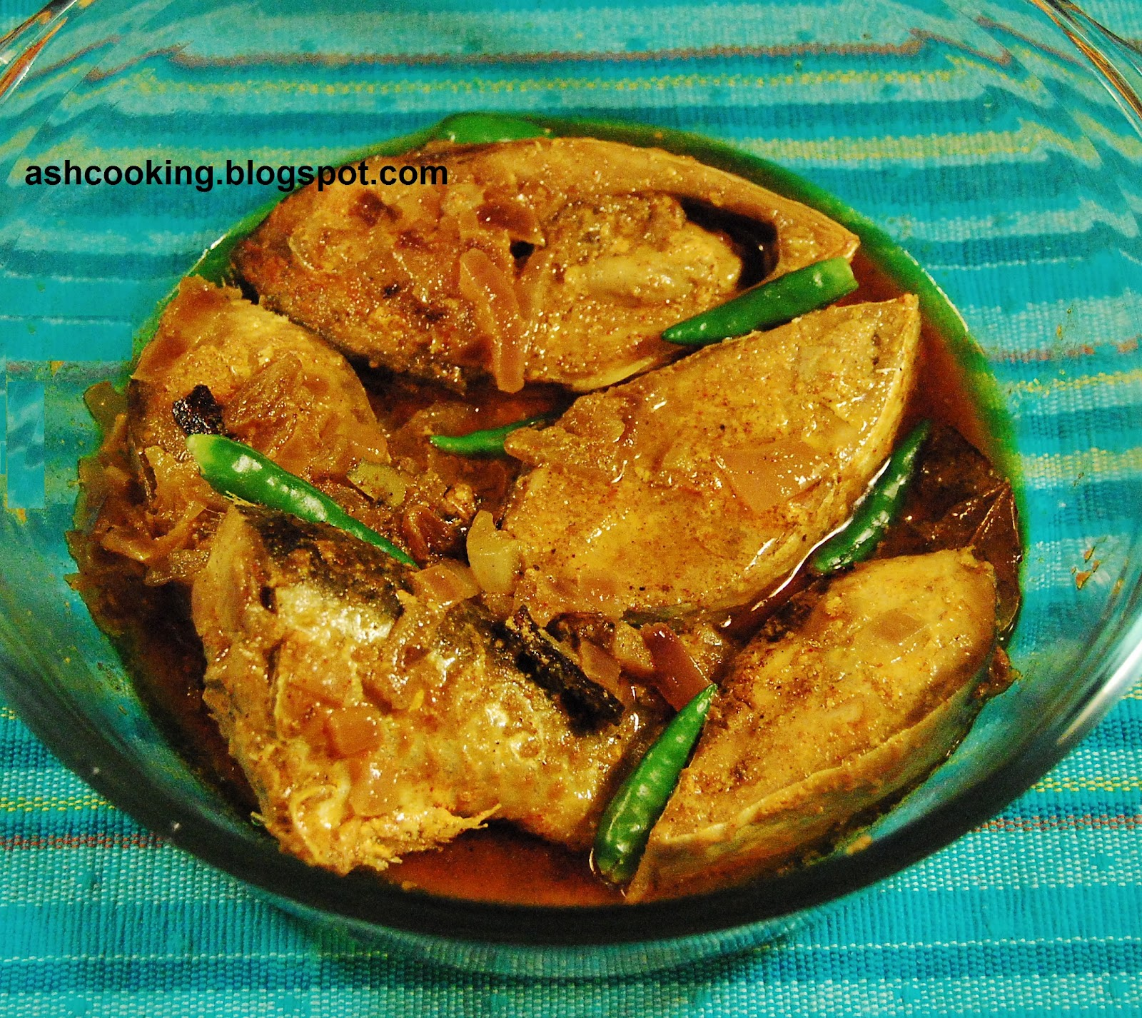 the taste of hilsa The taste of the hilsa n kunjamohon singh the stars were blinking in the open  sky occasionally a meteor or two flitted across and dropped down and the.
