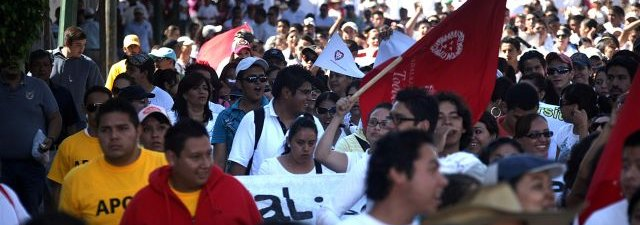 jóvenes, manifestaciones, diversos jóvenes, #yosoy132, marcha paz, indignados, protestas, marchas públicas