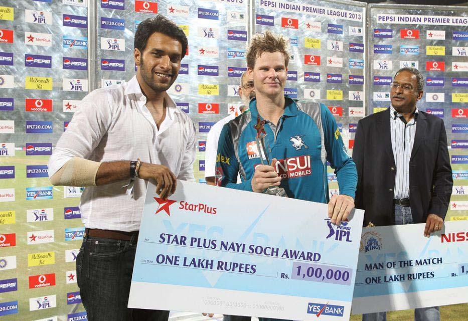 Steve-Smith-Star-Plus-award-CSK-vs-PWI-IPL-2013