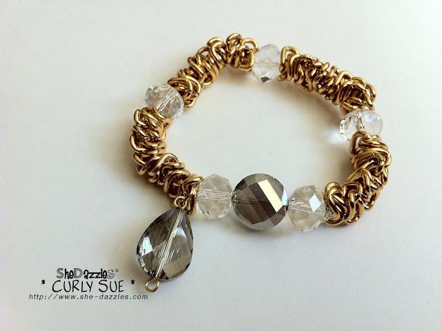 ar259-stretchable-golden-bracelet
