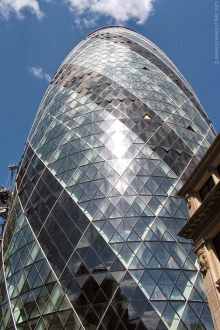 Glass-facade-Gherkin