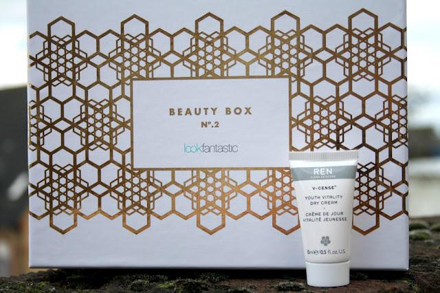 Look Fantastic Beauty Box - November 2015