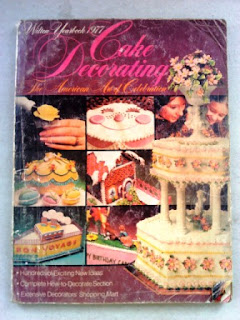 Buku Cake Decorating 1977